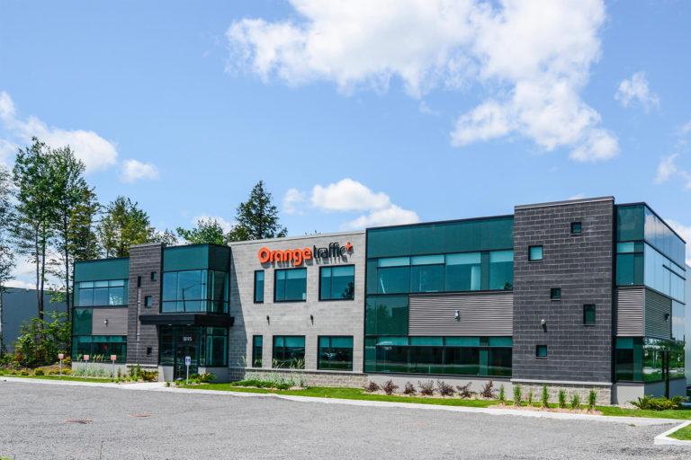 Syscomax_OrangeTraffic_industriel_1